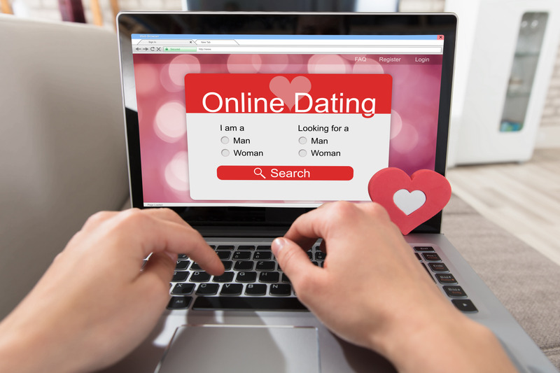 20 COMMON MISTAKES TO AVOID IN DATING ONLINE